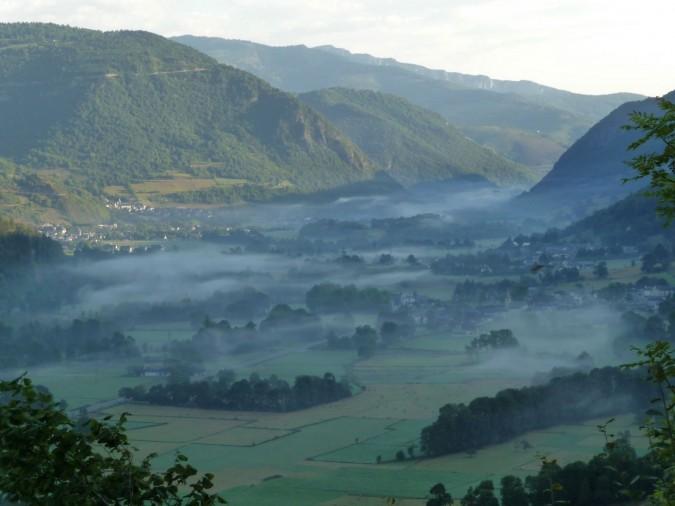 Brume basse en vallée d'Aure