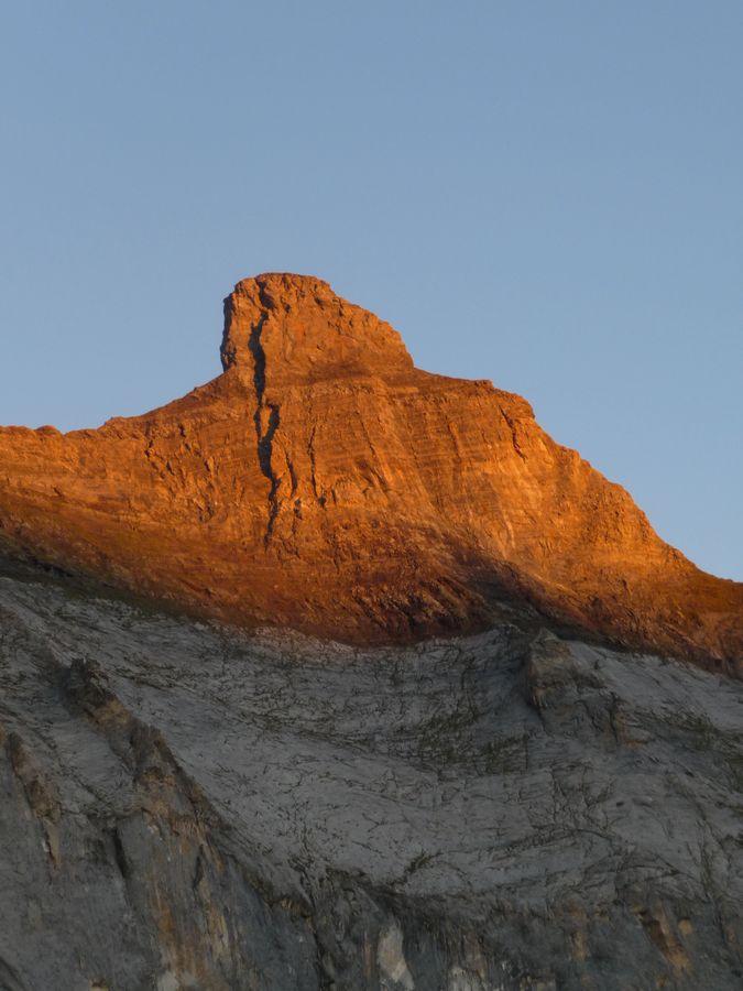 Pic de Gerbats (Vallée d'Aure) au lever du soleil