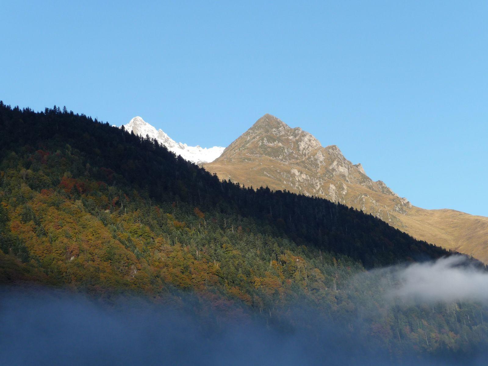 Pic de l'Arbizon en vallée d'Aure - Pyrénées