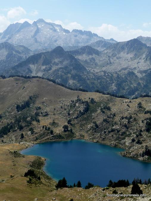 Lac de Bastan vu depuis le col de Bastan