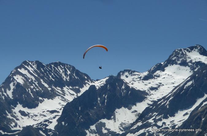 parapente en vallée du Louron Pyrénées